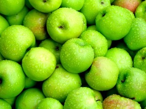 green-apple-fruitwallpaper-1024x768